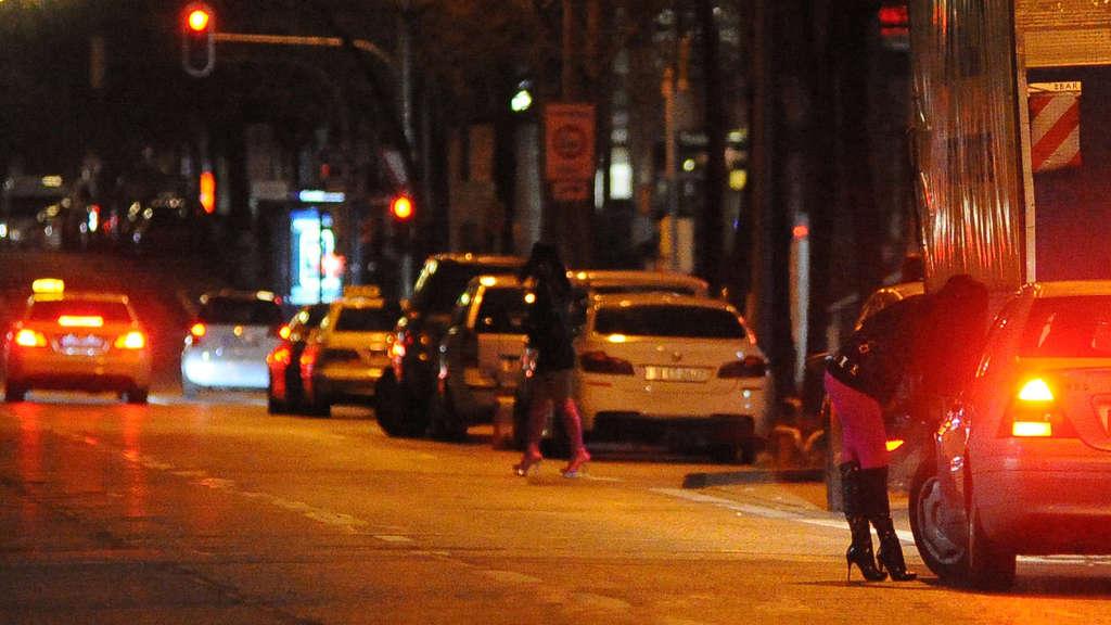 Prostitutes Westend