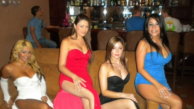 Escort girls Ataq